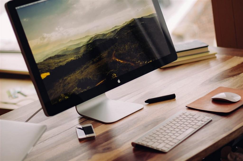 Mac Computer 4