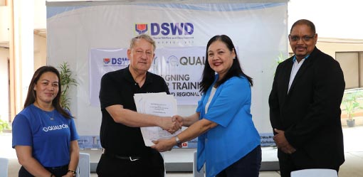 DSWD, Qualfon ink partnership agreement