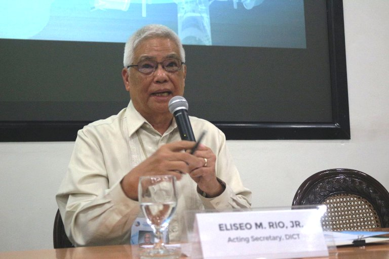 Four foreign firms vie for 3rd telco slot