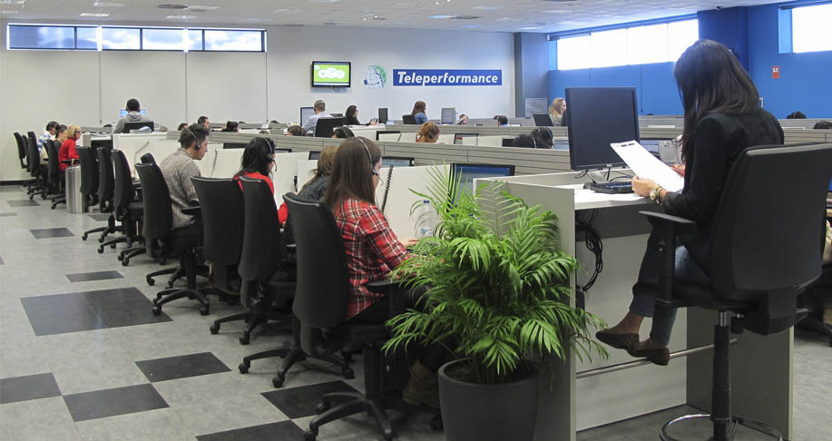 Teleperformance honors loyal employees