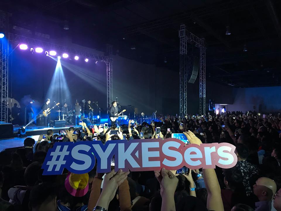 Sykes holds travel-themed 'Year-End Celebration'