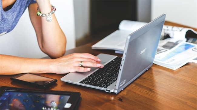 Outsourced data entry, graphics and Excel work tops freelance work