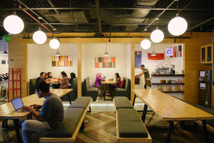 Young workforce fuels co-working space demand in Philippines