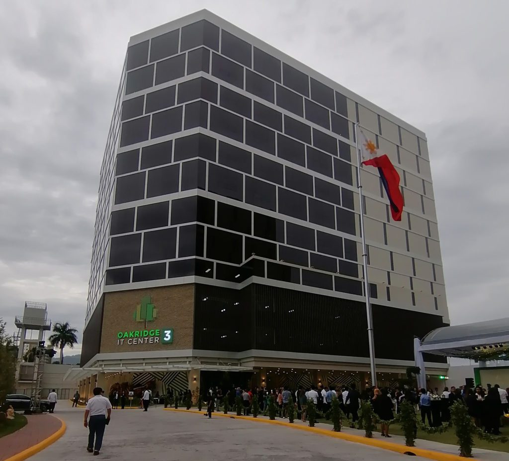 Cebu's Oakridge Realty Opens Third Office Tower
