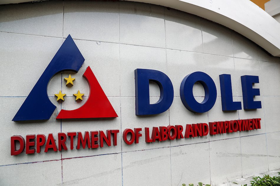 Over 7,000 POGO Workers Face Deportation, Says DOLE
