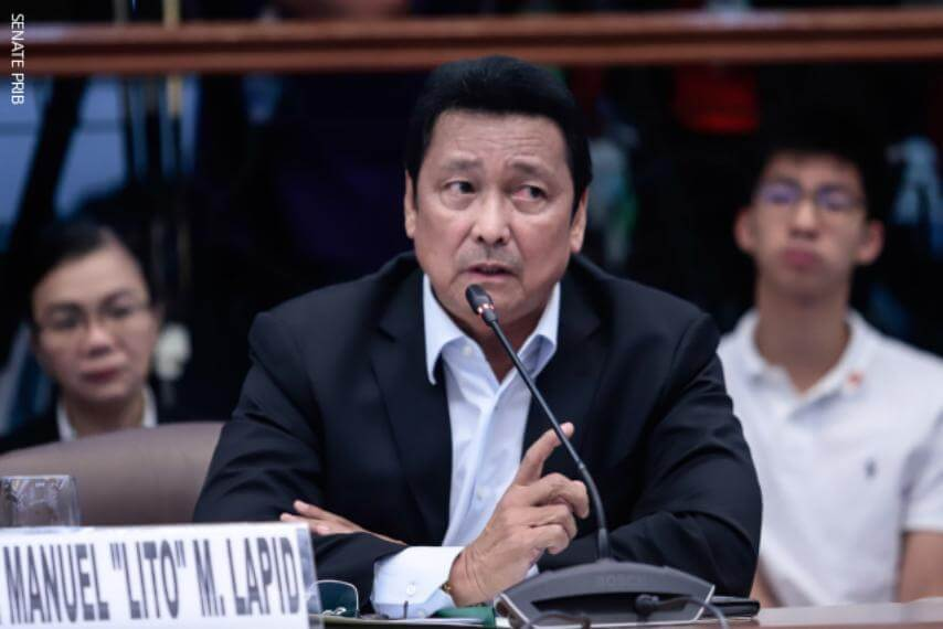 Senator wants stricter requirements for foreign contractors
