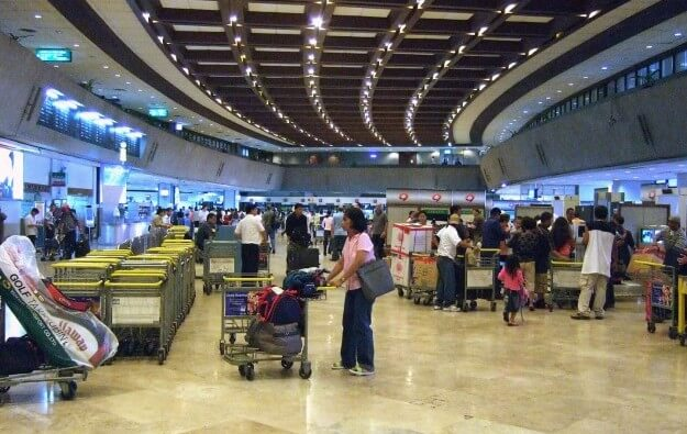 Foreign entry ban eased starting May 1