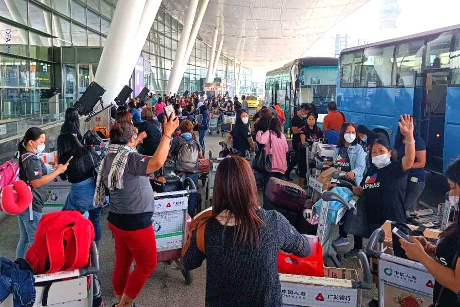 Fully vaccinated travelers' quarantine period now shortened to seven days